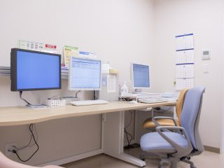 脳神経外科ブレインピア坂戸西 診察室